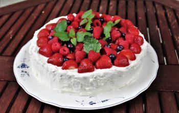 Prosty tort urodzinowy czyli jak sprytnie i szybko przygotować super ciasto